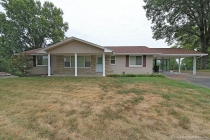 Real Estate Photo of MLS 17061460 1606 Oak Hills Street, Cape Girardeau MO