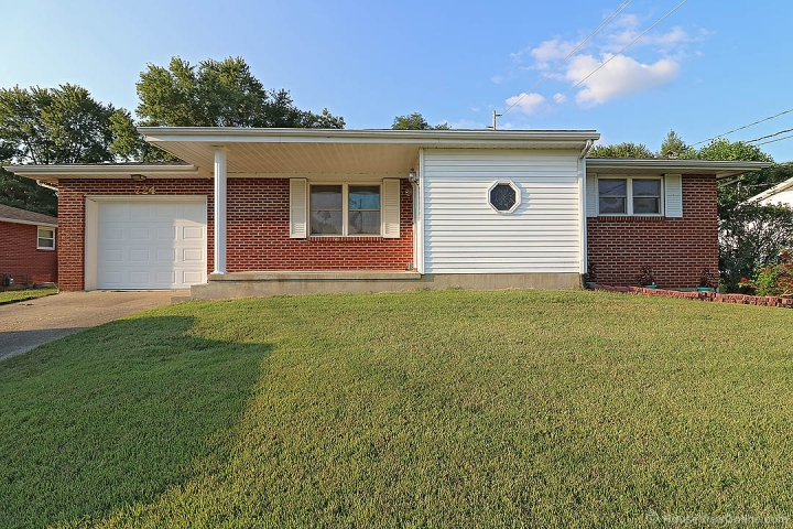 Real Estate Photo of MLS 17064060 724 Corinne St, Jackson MO
