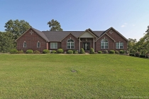 Real Estate Photo of MLS 17065605 422 Huntington Trails Dr, Festus MO