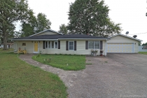 Real Estate Photo of MLS 17072988 506 Elliott Ave, Chaffee MO
