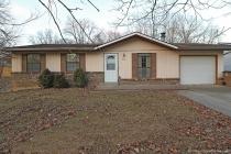Real Estate Photo of MLS 17091814 1126 Bertling St, Cape Girardeau MO