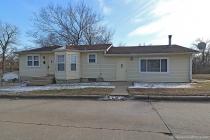 Real Estate Photo of MLS 18005905 1005 Maple Street, Cape Girardeau MO