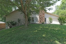 Real Estate Photo of MLS 18007031 2010 Beth Drive, Cape Girardeau MO