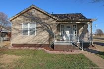 Real Estate Photo of MLS 18010817 428 Missouri St, Sikeston MO