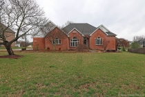 Real Estate Photo of MLS 18014075 1557 Greenbrier, Cape Girardeau MO