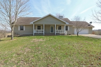 Real Estate Photo of MLS 18017173 205 Cherokee Drive, Cape Girardeau MO