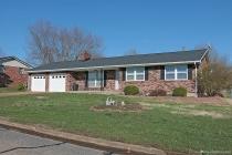 Real Estate Photo of MLS 18025385 1402 Camillia St, Farmington MO