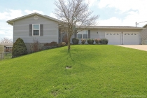 Real Estate Photo of MLS 18026392 1069 Jessica St, Jackson MO