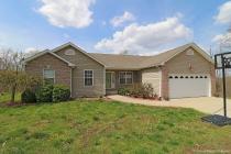 Real Estate Photo of MLS 18034229 10204 Southridge Drive, Potosi MO