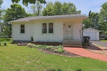 Real Estate Photo of MLS 18041026 706 Mineral Street, Potosi MO