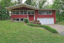 Real Estate Photo of MLS 18041951 1653 Lyndhurst Drive, Cape Girardeau MO