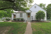 Real Estate Photo of MLS 18042433 1901 Herman Street, Cape Girardeau MO