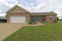 Real Estate Photo of MLS 18044056 1103 Victoria, Farmington MO