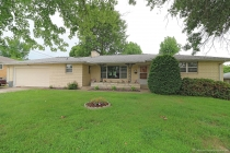 Real Estate Photo of MLS 18044532 620 Sue Dr, Jackson MO
