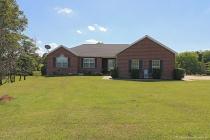 Real Estate Photo of MLS 18046131 301 Hiltonhead Road, Jackson MO