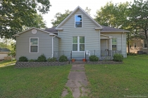 Real Estate Photo of MLS 18060617 411 High Street, Jackson MO
