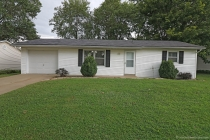 Real Estate Photo of MLS 18062332 2114 Brink Avenue, Cape Girardeau MO