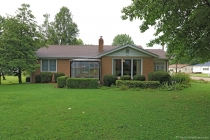 Real Estate Photo of MLS 18064170 825 Sainte Genevieve Ave, Farmington MO