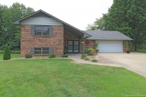 Real Estate Photo of MLS 18076279 1825 Bainbridge Drive, Jackson MO