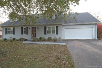 Real Estate Photo of MLS 18088711 2013 Cambridge Street, Cape Girardeau MO
