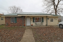 Real Estate Photo of MLS 18092624 1124 Spruce Street, Bismarck MO
