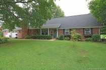 Real Estate Photo of MLS 18094223 106 Westwood Drive, Farmington MO