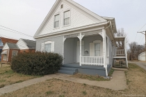 Real Estate Photo of MLS 19004233 918 College Street, Cape Girardeau MO