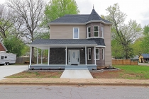 Real Estate Photo of MLS 19009439 303 Maple Street, Farmington MO