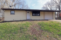 Real Estate Photo of MLS 19021683 2407 Albert Rasche Drive, Cape Girardeau MO