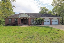 Real Estate Photo of MLS 19026537 890 Eagle Point Circle, Cape Girardeau MO