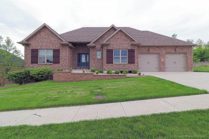 Real Estate Photo of MLS 19032445 1661 Helmsdale Drive, Cape Girardeau MO