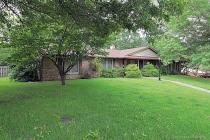 Real Estate Photo of MLS 19049133 2924 Cuesta, Cape Girardeau MO