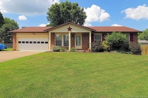 Real Estate Photo of MLS 19053349 305 Hillside, Farmington MO