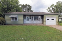 Real Estate Photo of MLS 19062657 1118 Jackson Blvd, Jackson MO
