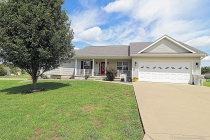 Real Estate Photo of MLS 19064453 100 Mule Deer Lane, Farmington MO