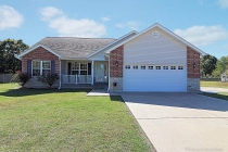 Real Estate Photo of MLS 19076425 208 Hawthorne Drive, Farmington MO