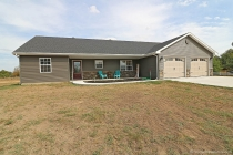 Real Estate Photo of MLS 758500 403 Dacus Drive, Sikeston MO